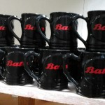 Mug oh lala hitam logo BATA